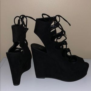BRAND NEW | ALDO Black Suede Lace-Up Wedges